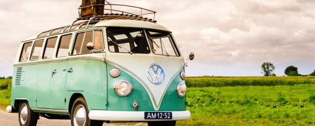 Meer dan een halve eeuw na de hoogdagen van de hippiebus roept de Volkswagen Campervan als geen ander het beeld op van vrijheid en zorgeloos genieten